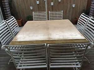 Outdoor Table & Chairs Caulfield South Glen Eira Area Preview