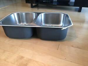 *Brand New* Stainless Steel Handmade Sink