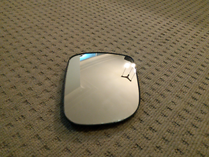 Toyota Kluger Side Mirror (right) *****2010 model East Lindfield Ku-ring-gai Area Preview