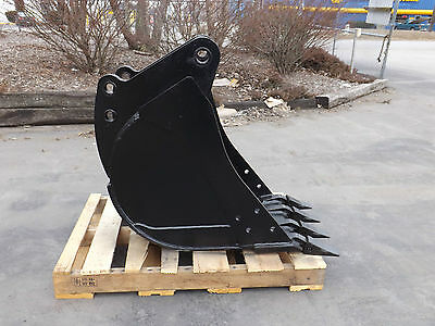 New 18 Backhoe Bucket For A John Deere 510c