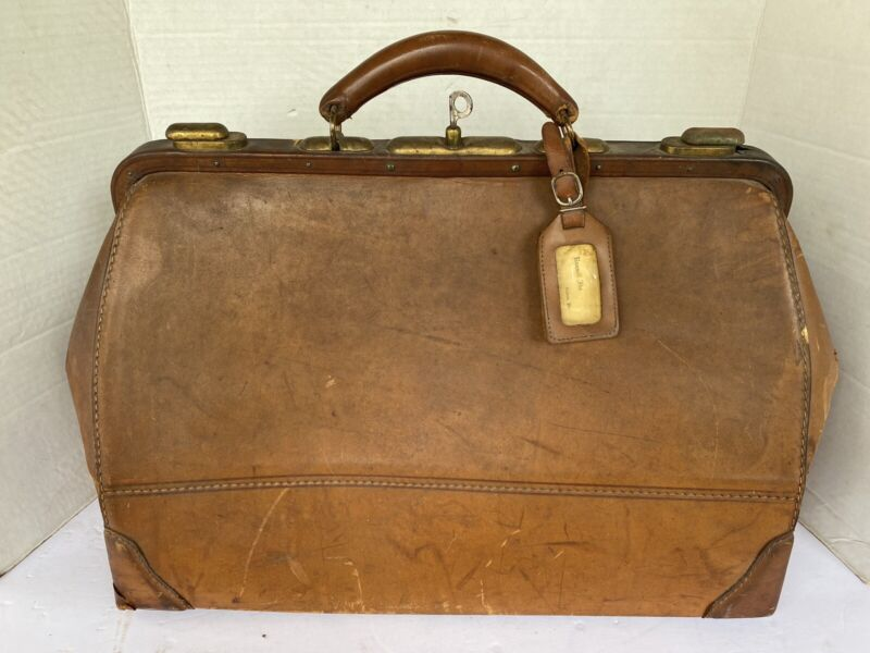 Vintage Genuine Cowhide Physician Doctors Bag W/ Working Lock And Key