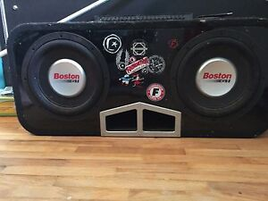 10 inch subs with box and amp