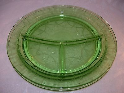 Hocking Glass Depression Glass Cameo Green (2) Dinner Plates Divided Grill 1930s