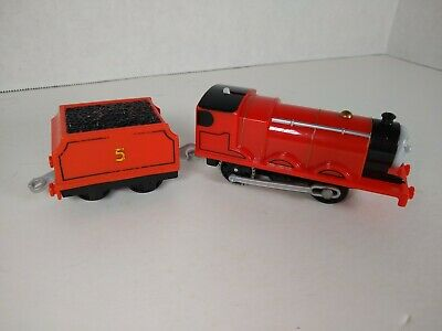 Thomas & Friends James Red #5 with Tender Trackmaster Mattel 2013 WORKS!