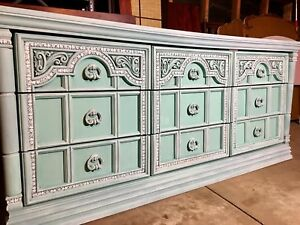 Stunning 9 Drawer Tiffany Console Dresser Free Delivery