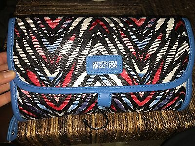 Kenneth Cole Reaction Blue, Red and White Travel Amenity Toiletry Case Bag