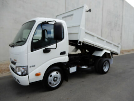 Hino 616 - 300 Series  Tipper Bell Park Geelong City Preview