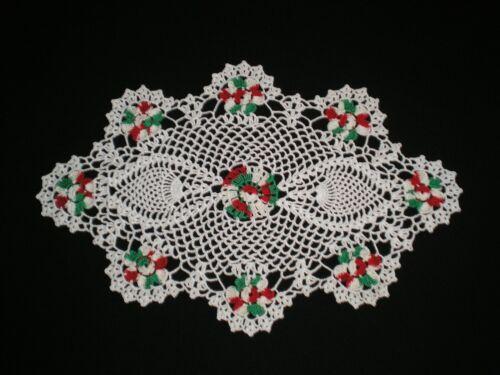 New Handmade Christmas  Doily Crocheted Flowers/Pineapple