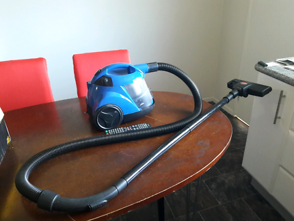 Compact Vacuum cleaner 1400W