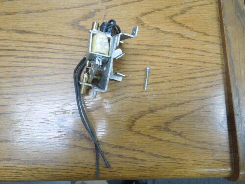GE 120-240 VAC / 48-125VDC Shunt Trip TJJ/TJK Frame Breakers Used