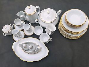 Fine porcelaine 42 piece dinner set Aldgate Adelaide Hills Preview