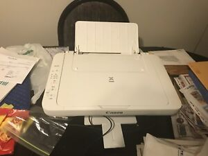 Canon printer ONE BEING SOLD IS BRAND NEW IN BOX!!