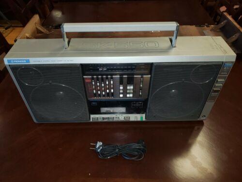 Pioneer SK-550 Boombox