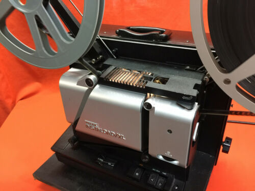 TELEX INSTALOAD / XL 16MM SOUND PROJECTOR IN EXCELLENT CONDITION - MUST SEE