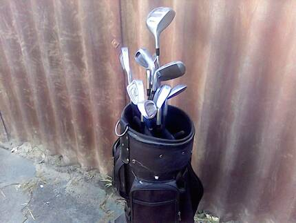 golf bag and assorted golf clubs Ballajura Swan Area Preview