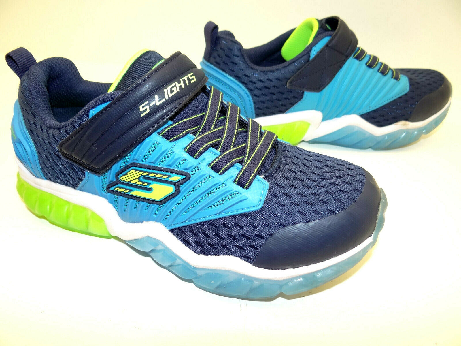 Skechers (Lich) Jungs Schuhe Outdoor Wander  Sneaker Schnürschuhe Sneaker Gr. 33