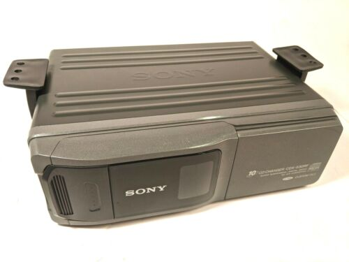 Sony CDX-530RF 10 Disc CD Changer Sony Mobile CD Changer system with Mounting