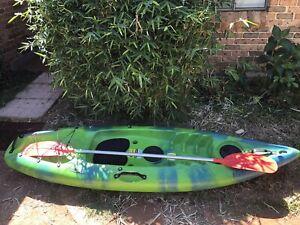 Glide Mahi Kayak and Paddle