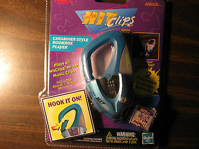HASBRO tiger hit clips carabiner style music player includes 1 min micro mix