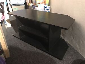 TV & Entertainment Stand