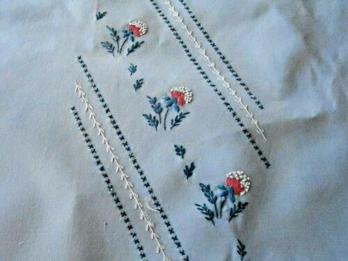 BLUE COTTON TOWEL WITH HAND EMBROIDERED FRENCH KNOT FLOWERS, CIRCA 1930