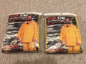 2 brand new Work King heavy duty rain suits sizes M and L