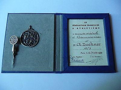 FFA Federation Francaise d' Athletisme Ehrenabzeichen von 1954 mit Ausweis