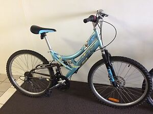 Teen/Adult small bicycle Taringa Brisbane South West Preview