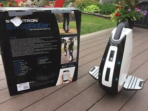 SWAGTRON SwagRoller Electric Unicycle scooter Bluetooth speaker