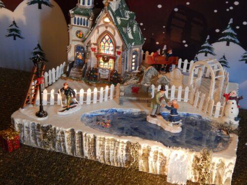 Christmas SKATE POND WATERFALL Frozen Village Display platform base Dept 56 `
