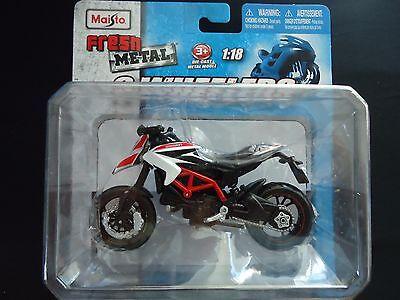 Maisto Ducati Hypermotard SP 1/18 Motorcycle Bike