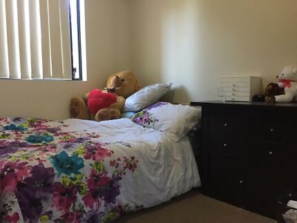 Female flatmate to share a 2 bedroom unit in Bankstown