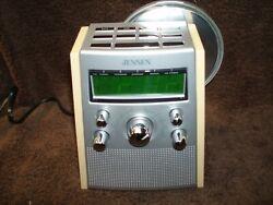 JENSEN AM/FM CLOCK RADIO WITH CD PLAYER # JCR-560 CLEAN