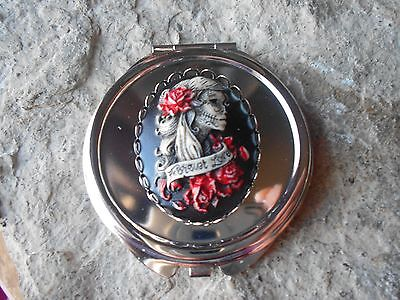 Skeleton Hand Makeup (HAND PAINTED FOREVER LOVE SKELETON WOMAN CAMEO ROUND MAKE UP MIRROR,)