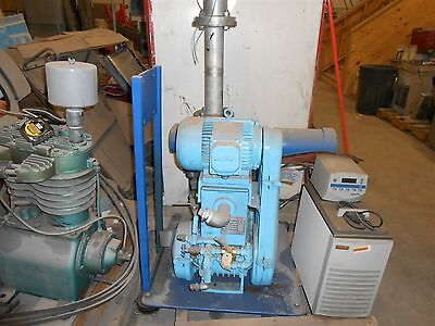 Boc Edwards High Vacuum Pump Model 900-148-041xs W Blower And Filter