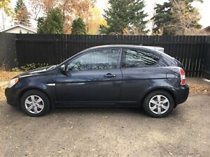 2008 Hyundai Accent GL 3-door Hatchback