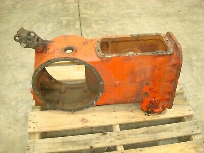 1955 Ford 640 Tractor Rearend Center Housing 600