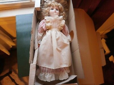 GOTZ 16 IN MADE W/GERMANY ORIGINAL BOX PERFECT  CONDITION