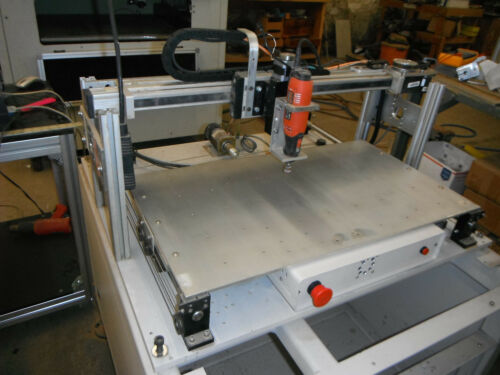 3 Axis CNC Micro Mill now with Mach 3 Controls (5585)