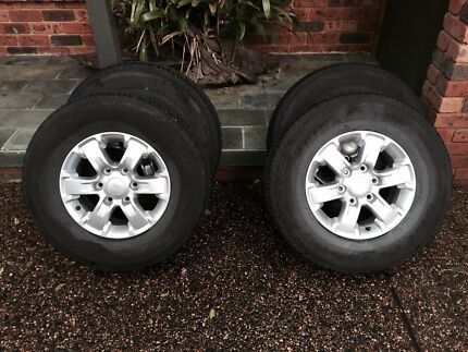 Ford Ranger XLS rims and tyres