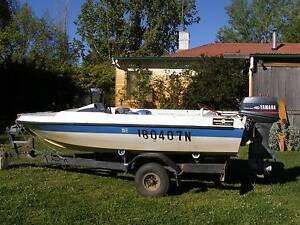 Fiberglass  fishing boat Armidale Armidale City Preview