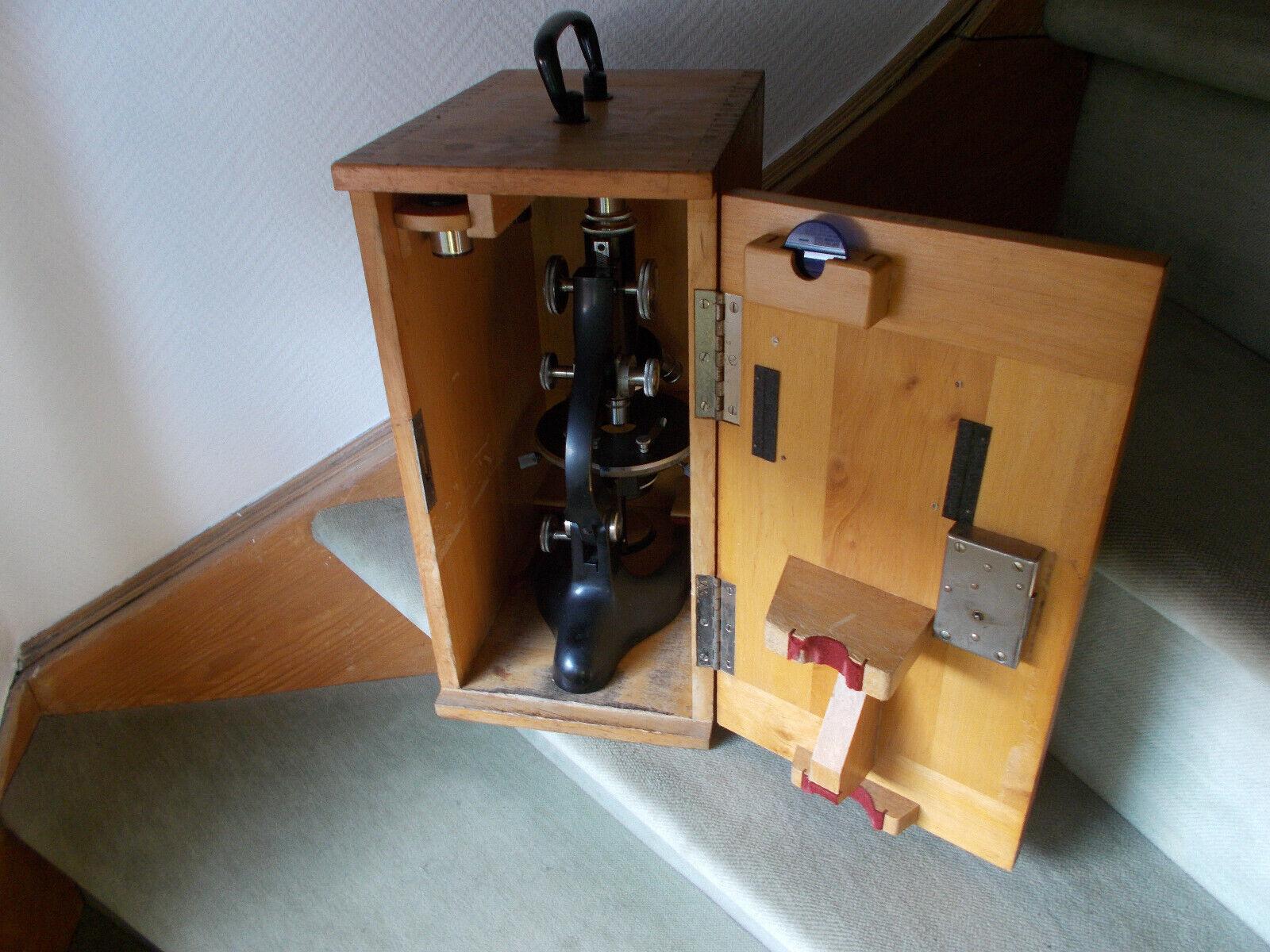 altes Mikroskop Seibert mit Aufbewahrungskiste