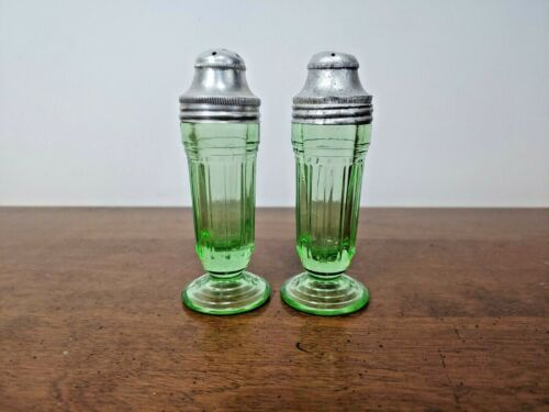 BEAUTIFUL ART DECO VASELINE GREEN GLASS SALT & PEPPER SHAKERS