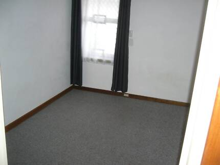 Morley furnished room close to Galleria unlimited free internet