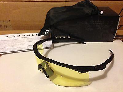 Neu Oakley - M Rahmen - Sonnenbrille Matt Schwarz/Gelb (Streik), 11-163