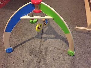 Play arch