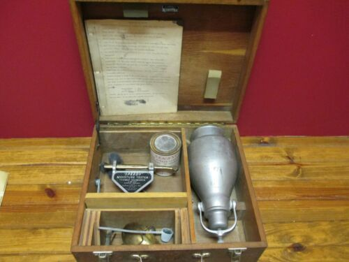 Vintage 1934 SPEEDY MOISTURE TESTER With Scale Tank & Gauge In Wood Case #50816