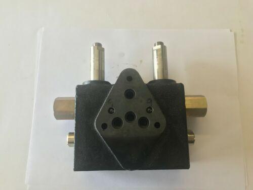 HYDRUALIC CONTROL VALVE (AZ51852)