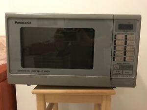 Panasonic Commercial Microwave - in excellent condition