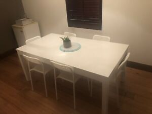 Extendable Dining Table Chairs